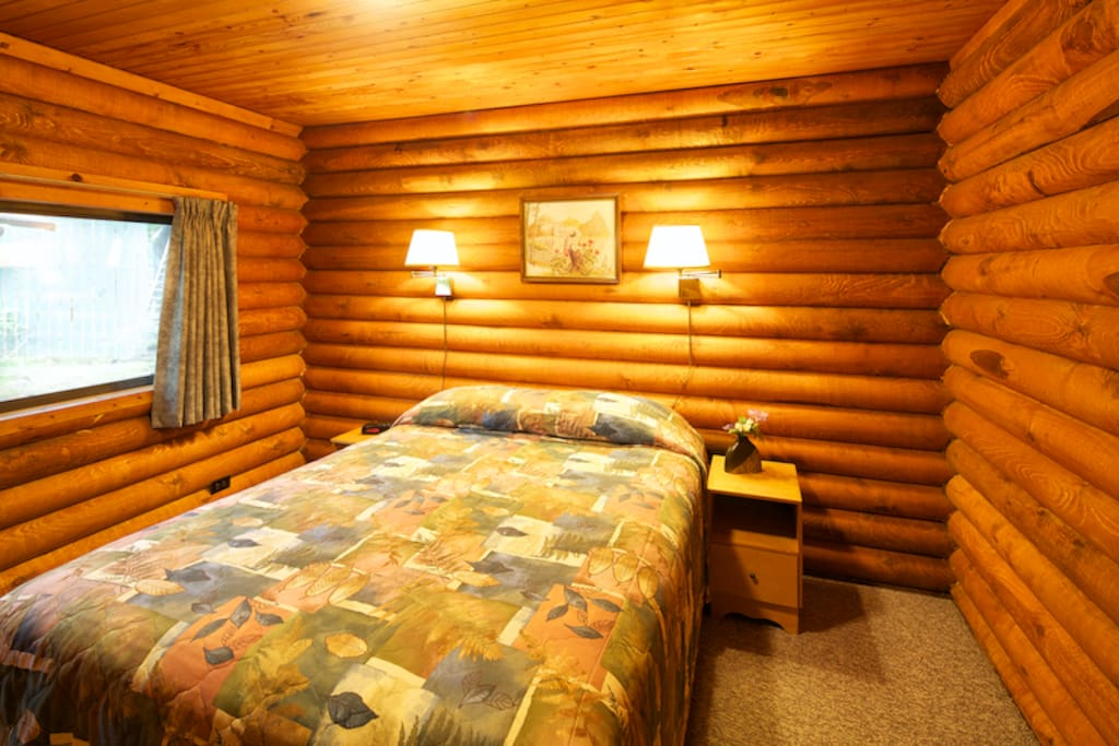 Cusheon lake resort 1br log cabins chalet in affitto a for Persiane delle finestre di log cabin