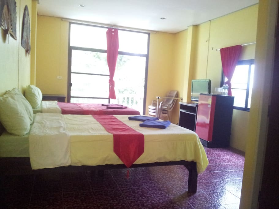 Spacious Family room with 2 double beds. Room for extra bed. Great views. 200m to the beautiful beach.