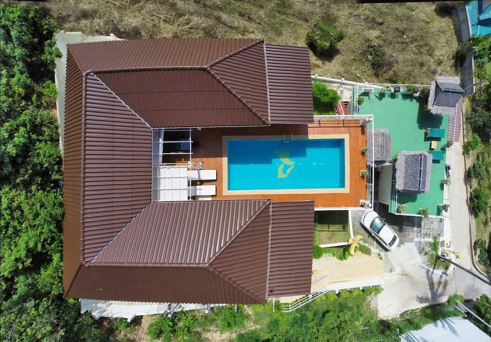 Alle Räume mit direktem Pool-Zugang
