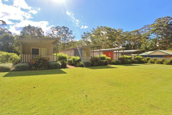 The Francis Retreat - Bonny Hills Cabin 5