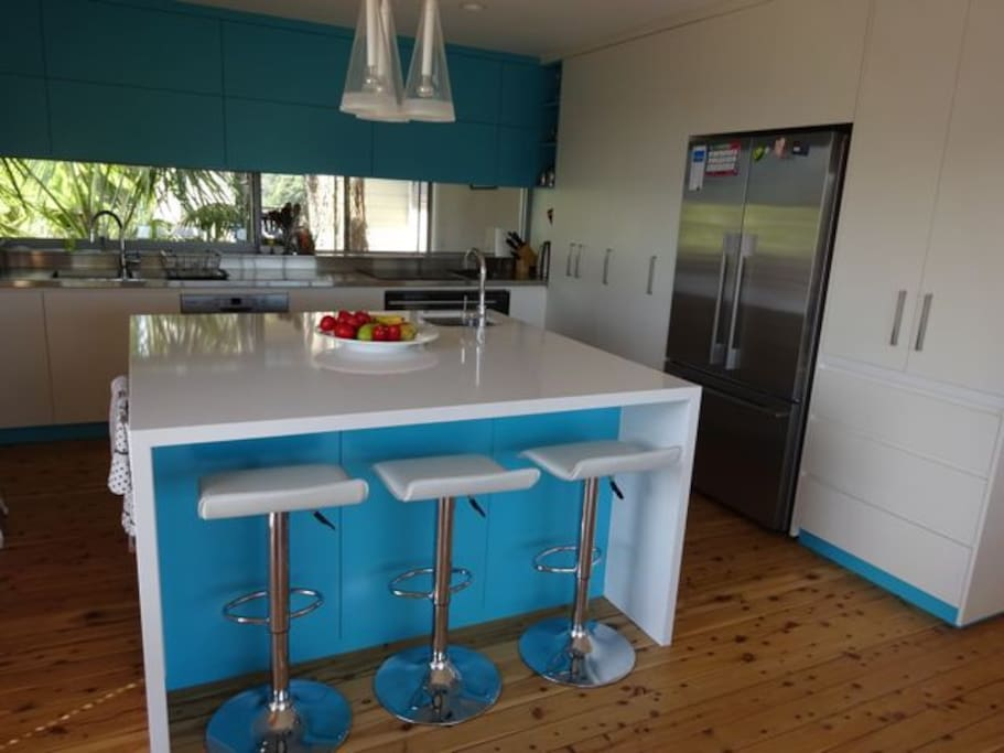 Second view of kitsch showing French door fridge