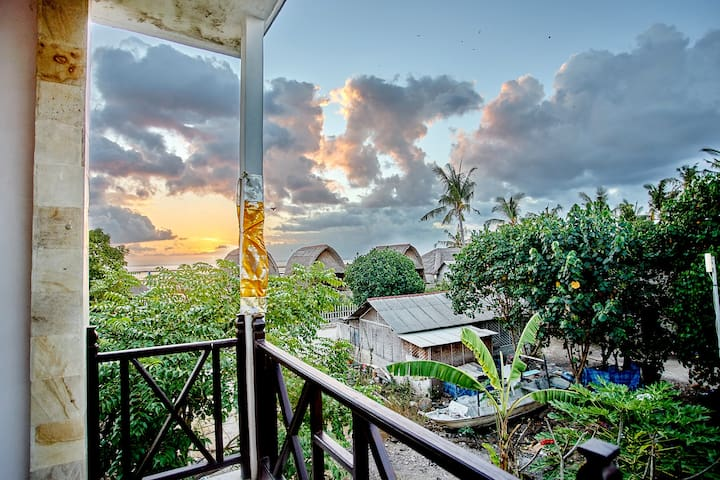 1 Bedroom Partial Sea View@Nyuh Gading2 - Lembongan island - House