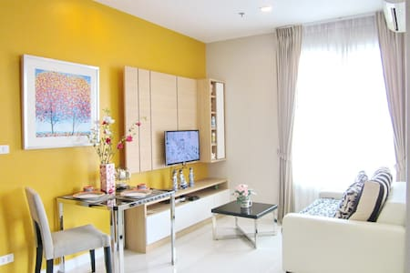 Executive Accommodation nr SkyTrain Wi-Fi, SwmPool