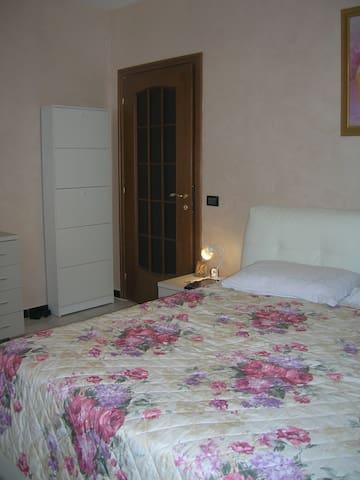 stanza da letto BIANCA - Cinisello Balsamo