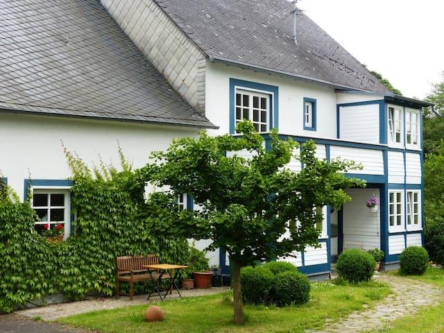 Idyllische Ferienwohnung in der Hockenmühle (3 DZ) - Horbruch (Verbandsgemeinde Rhaunen) - Condomínio
