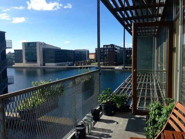 Waterfront, 2 bikes, sunny balcony - Copenhagen