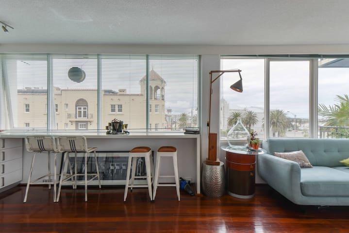 180 degree Million dollar views - St Kilda style - Saint Kilda - Apartamento