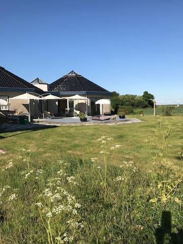 Place de l'est vakantiehuis in Zeeland!  4 gasten