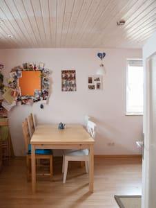 Small house w. garden Oktoberfest - Mering