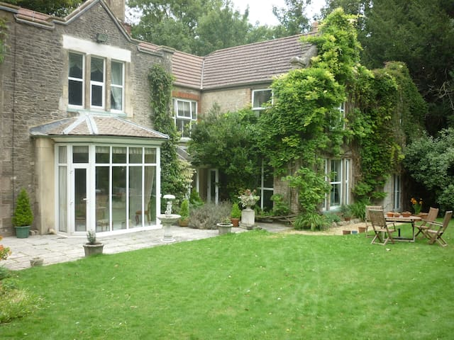 Stonelands. A Period House. Room 2. - Ryde - Bed & Breakfast