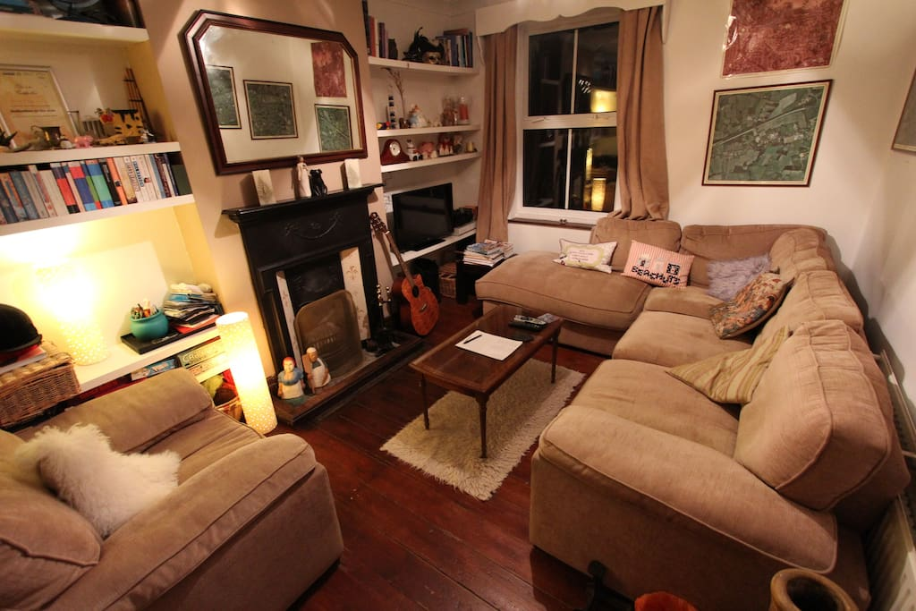 Exclusive access to cosy 'snug' for relaxing or watching TV or DVDs.