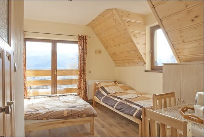 Spacious room with mountain view - Zakopane - Rumah