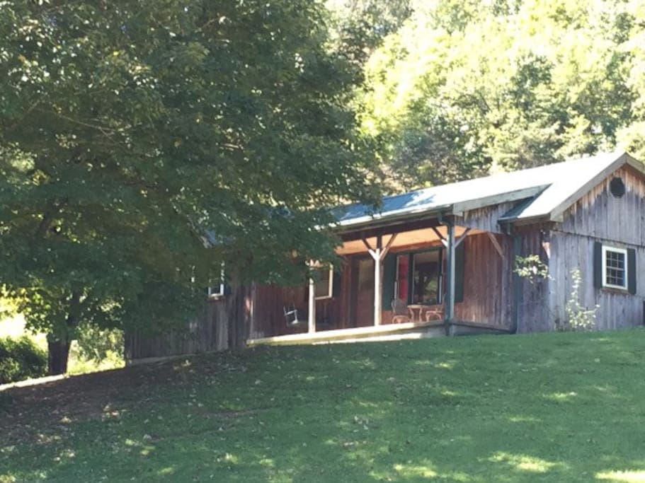 Jac country cabin rentals retreat cabins for rent in for Daniel boone national forest cabins