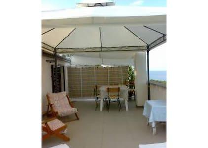 AL MARE IN CALABRIA - Montegiordano marina - Apartamento