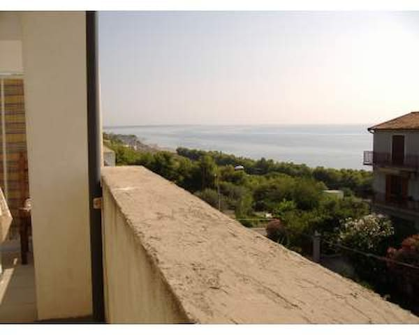 AL MARE IN CALABRIA - Montegiordano marina - Lägenhet