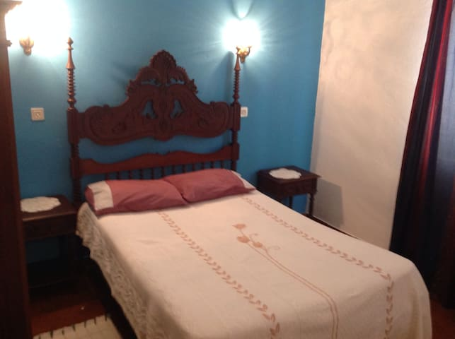 Casa Olivia Triple room Shared wc - Carrapateira - Huis
