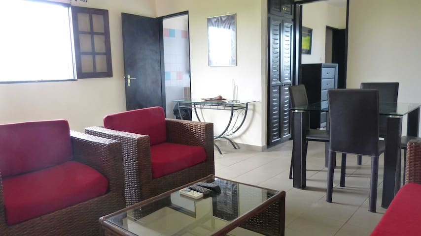 Appartement meuble bas de guegue - Libreville - Appartement en résidence