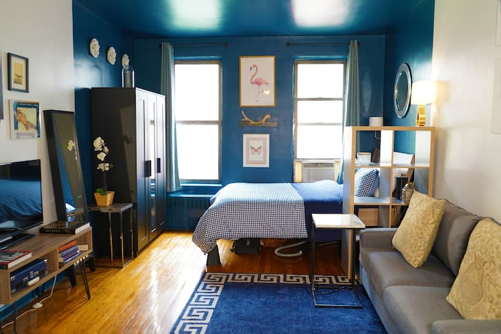 Stylish Studio in the Upper East Side