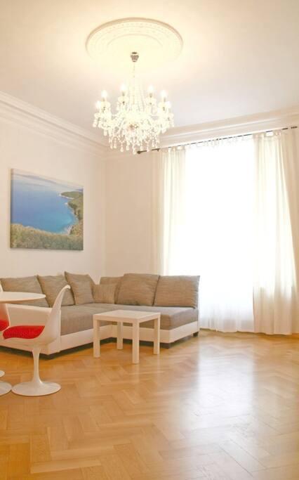 luxuri se 3 zimmer altbau wohnung wohnungen zur miete in m nchen bayern deutschland. Black Bedroom Furniture Sets. Home Design Ideas