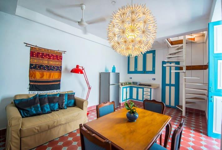 BOHEMIA BLUE Boutique Apartment