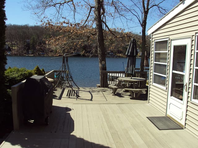 Waterfront Home - Alexander's Lake - Killingly - House