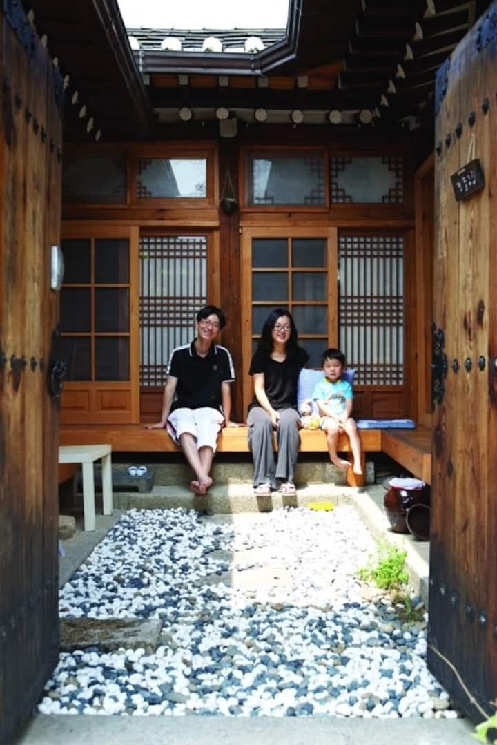 Korean traditional Hanok Stay
