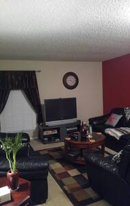 Beautiful room Available. - Euless - Apartment
