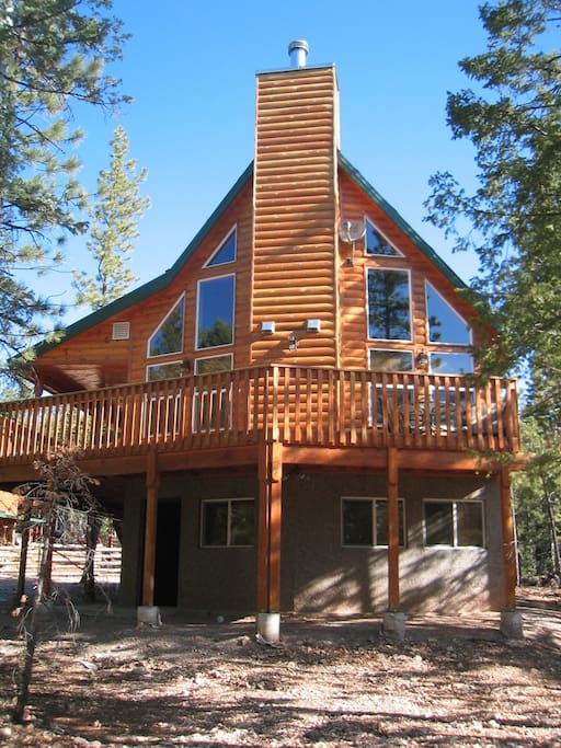 Zion national park and bryce canyon national park cabins for Cabin rentals near zion national park