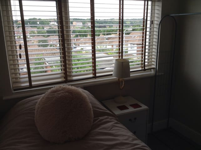 Views of the South Downs, room has a large window making it light and cosy.