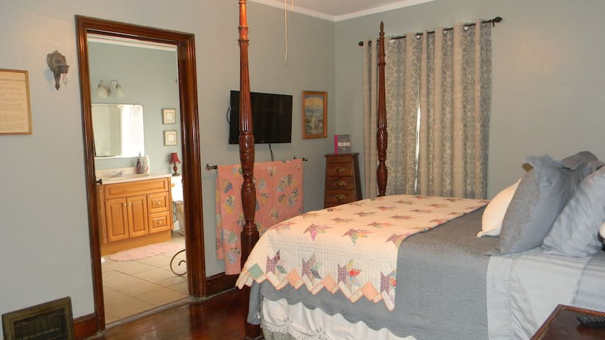 Shalom Room - Lamoni - Penzion (B&B)