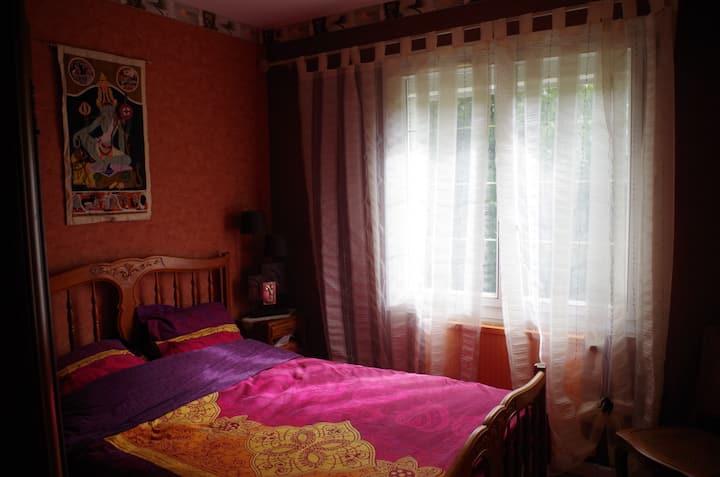 Chambre Karmique, un lit 2 places.