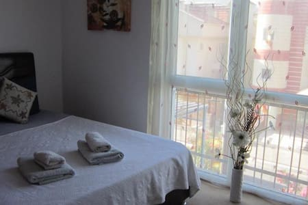 Yildirim Guesthouse Double Room2 - Fethiye - Bed & Breakfast