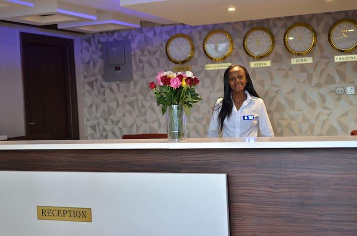 Cloud Hotel & Suites - Nairobi - Bed & Breakfast