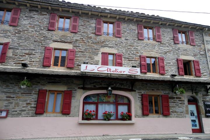 L'Atelier S chambre Mimi - Bagnols-les-Bains - Bed & Breakfast
