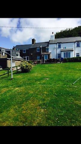 Abersoch holiday cottage - Llanengan - House