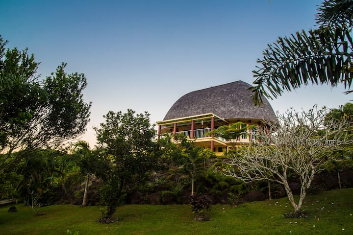 Samoan Highland Hideaway- The Fa'le - Apia - House