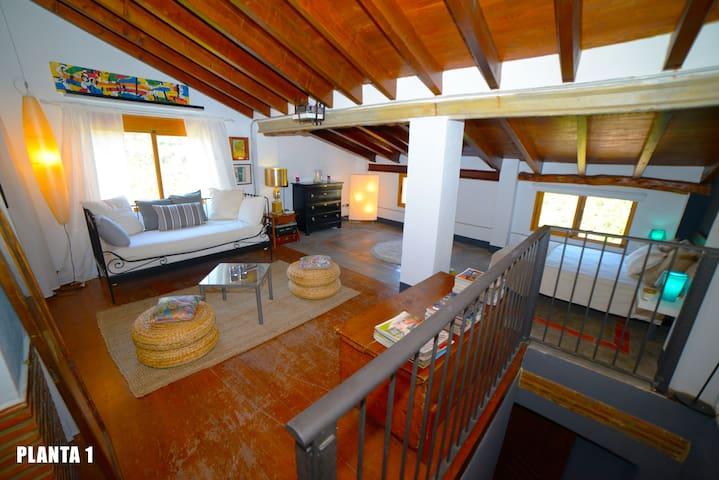 CASA COMPLETA 2-6 PERSONAS - Chulilla - Holiday home