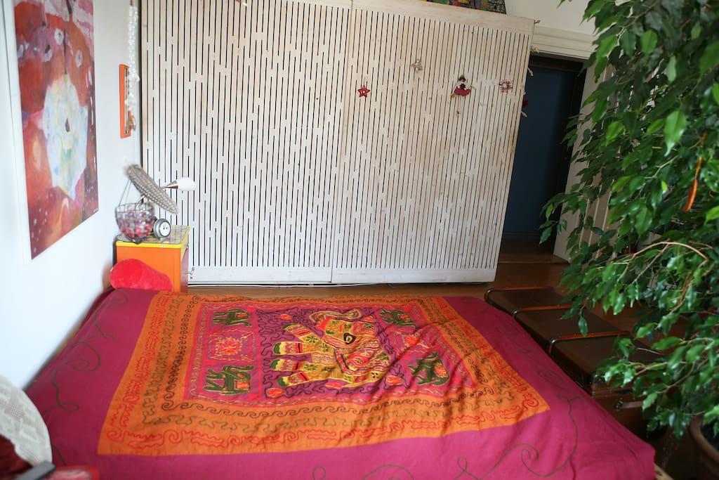 Schlafzimmer Doppelbett - 160 cm breit