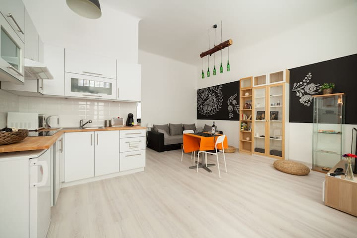 Downtown Flora Apartment - Budapest - Apartment