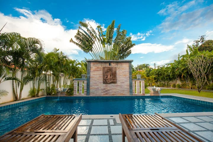 Authentic Private Family Villa with nice Pool