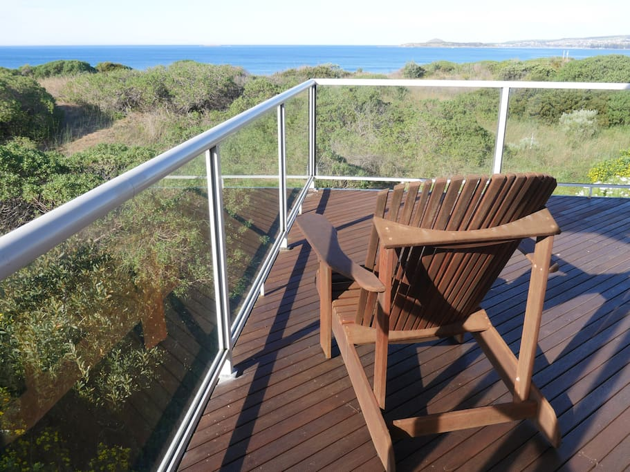 Relax with a glass of wine from either the spacious front or rear decks.