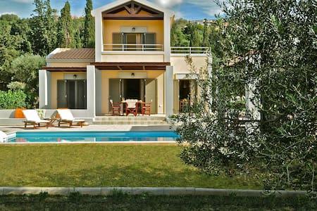 Two-bedroom luxury villa near Argostoli - Argostolion