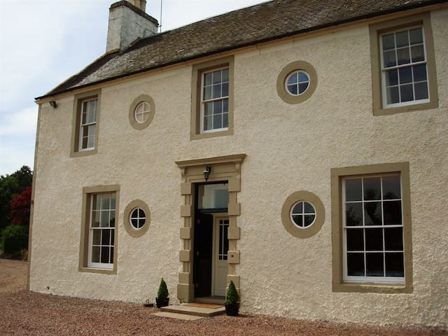 Farmhouse B&B - Bright & Spacious - East Lothian