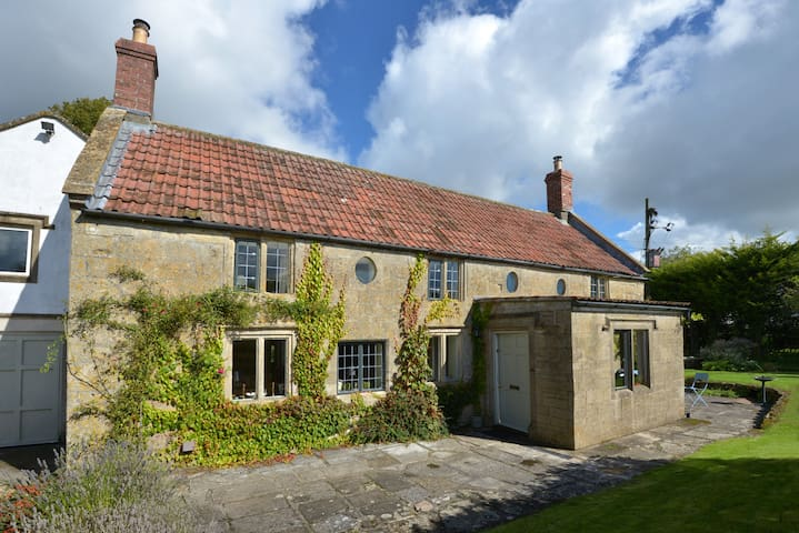 16th century cottage, near Bath - Babington - Rumah