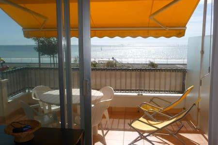 T1 en front de mer avec terrasse - La Baule-Escoublac