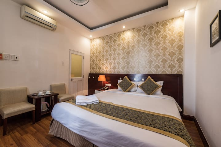 Saigon Odyssey - Budget Single Room