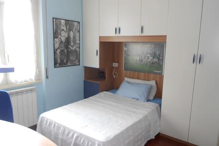 Stanza in comoda zona Brescia Sud