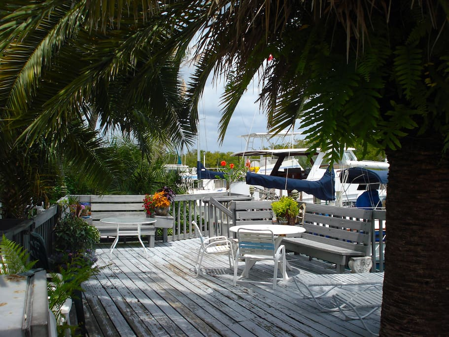 The shared deck overlooking the Intracoastal Waterway.