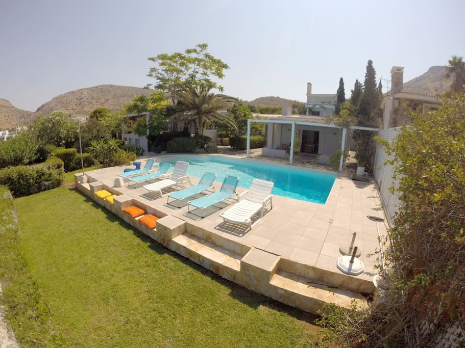 Bird's eye view of the pool. On the right the 2nd house and on the left the main. (2015 Loungers)