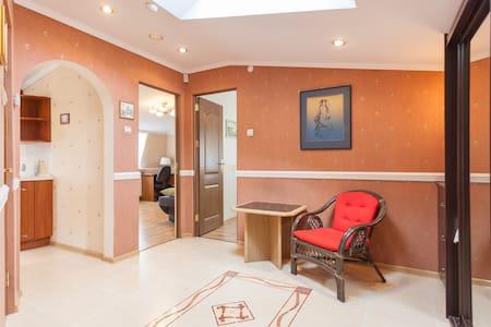 Райский уголок 2-х комнатная кварти - Kaliningrad - 公寓